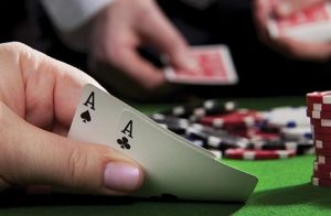 Why Many People Are Playing Online Poker