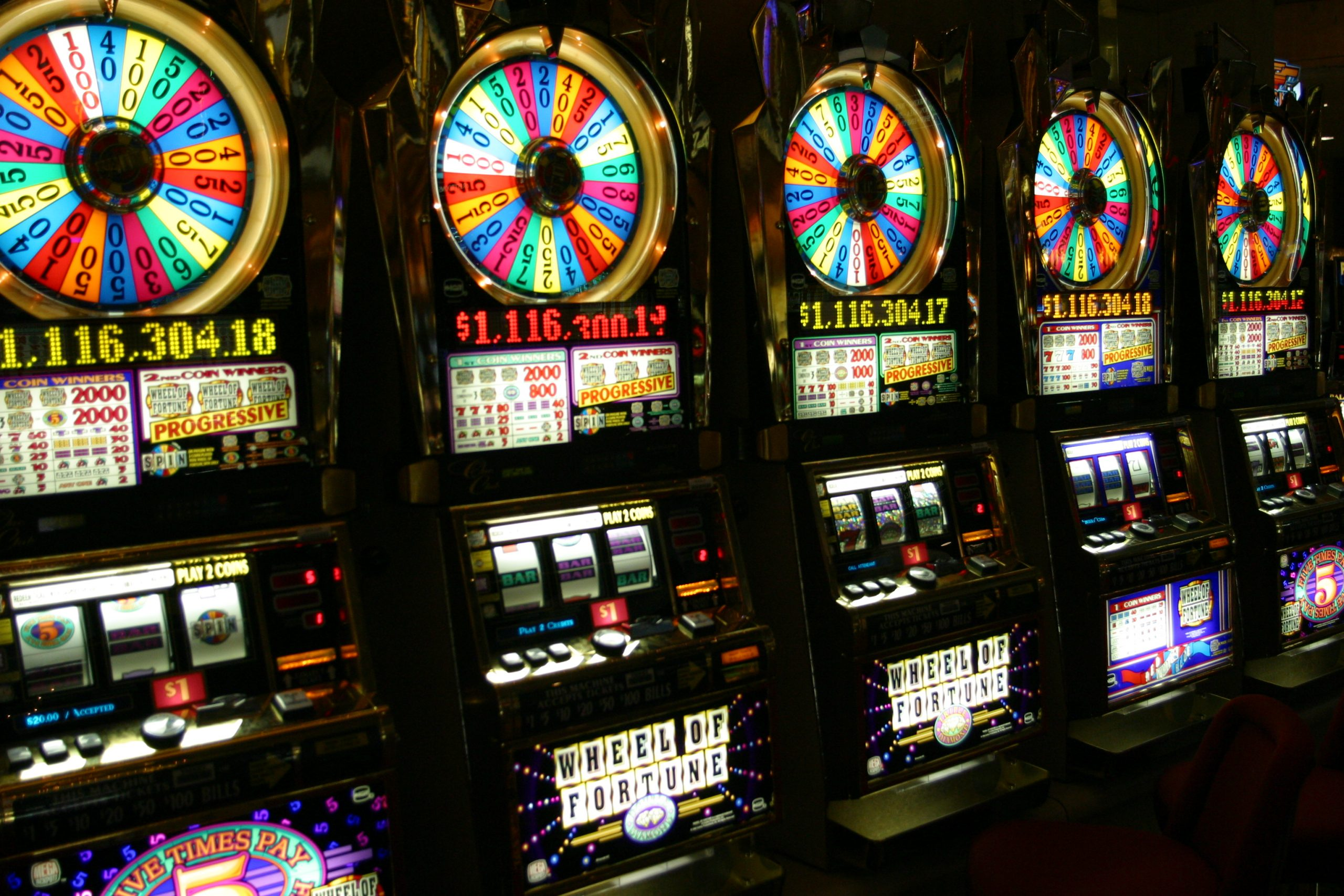 strategies to win the online slots