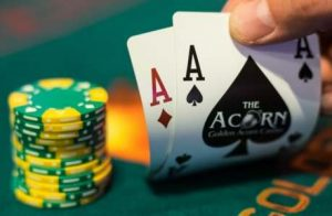 Playing a number of similar games in online casino
